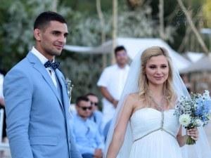 Джудистът Ивайло Иванов подари незабравима сватбена церемония на любимата си Лорета ВИДЕО и СНИМКИ