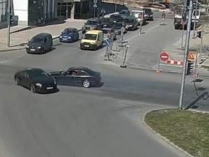 Уникални кадри: Най-абсурдните катастрофи в Пловдив ВИДЕО