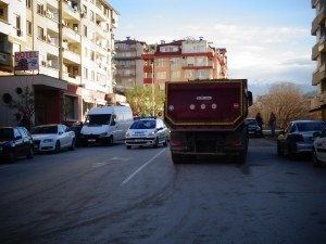 Камион уби 19-годишна студентка на пешеходна пътека СНИМКА