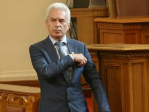 Сидеров отсече: Ако не се свалим сами, няма кой