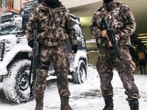 Арестуваха българин при спецакция в Истанбул с 40 кила кокаин