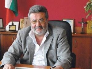 Кметът на Батак на съд заради сделка с държавна земя