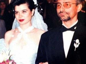 Втората жена на Ахмед Доган се появи с нов мъж СНИМКИ