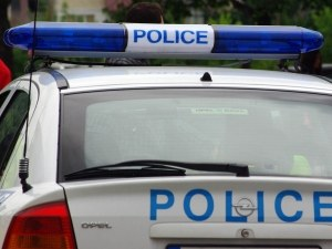Пиян пловдивчанин скочи срещу полицаи в Кючука