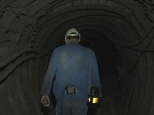 Съкратени миньори се вдигат на бунт, плашат с протести