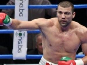 Тервел Пулев нокаутира и седмия си противник на професионалния ринг