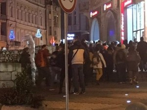300 пловдивчани протестираха срещу лифта в Банско СНИМКИ
