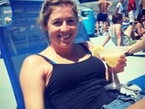 Ден преди да умре, 26-годишно момиче написа писмо, което трогна хиляди ВИДЕО