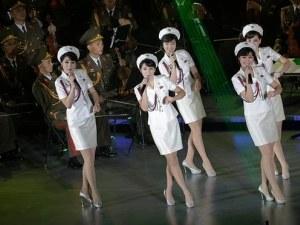 Севернокорейските Спайс Гърлс ще пеят на Олимпиадата ВИДЕО
