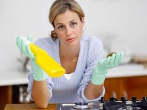 Знаете ли, че можете да почистите матраците с водка? ВИДЕО