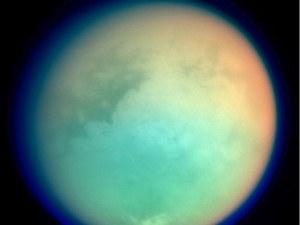 Учени откриха следи от живот на спътник на Сатурн