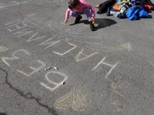 Пловдивчани се вдигат на протест против насилието в детските градини СНИМКА