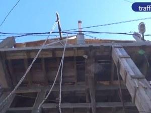 Собствениците на къщата с вградения стълб: Не знаем кой и какво е направил, но Господ гледа ВИДЕО