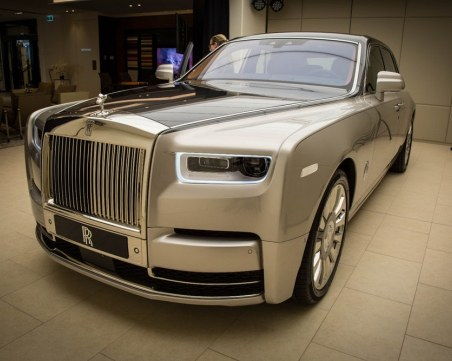 Rolls-Royce вече ще се прави у нас? BMW мести завода си от Великобритания