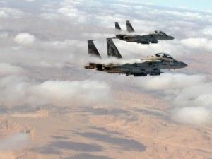 Конфликтът се разраства! Израел нанесе нови удари в Сирия, ПВО свалиха техни изтребители