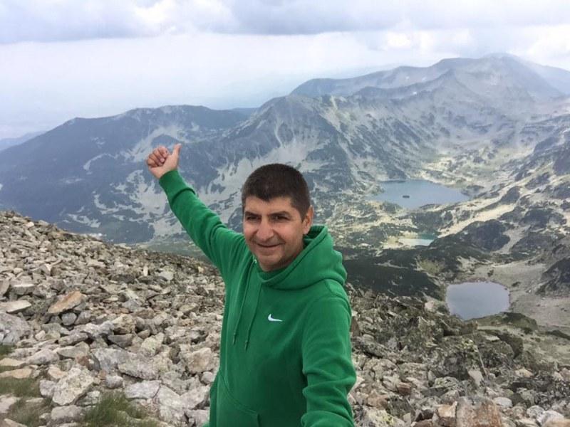 Собственикът на Styler Свилен Каневски се спусна за последен път по пистите на Пампорово