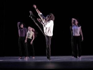 Грандиозни танцови спектакли идват от САЩ, за да стъпят под тепетата