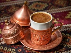 Кафе на толерантността в Пловдив! Различни етноси се събират в центъра