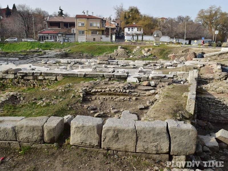Възстановяват в автентичен вид античен обект в сърцето на Пловдив СНИМКИ