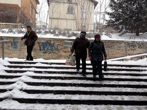 Пловдивчани гневни: В подлезите е пързалка, страхуваме се да излезем ВИДЕО и СНИМКИ