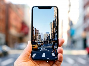 Три причини да не си купувате прекалено скъп смартфон