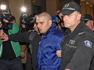 Бащата на държаните в плен деца призна за убийството на дядо им