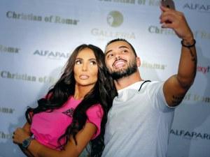 Две плеймейтки и три миски идват на парти в Пловдив, Николета Лозанова е сред тях
