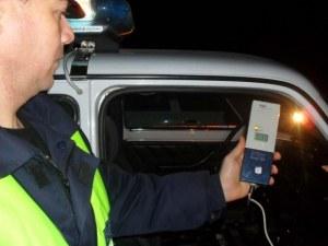 Почерпен шофьор заби ладата си в мерцедес, още четирима пияни и дрогирани преспаха в ареста