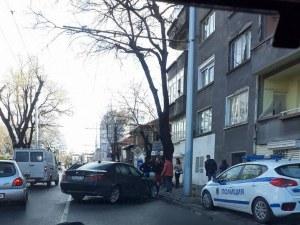 Катастрофа затапи движението в Кючука! Две коли и камион се удариха на Асеновградско СНИМКА