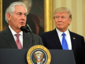 Тръмп уволни държавния секретар на САЩ