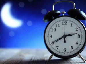 На 25 март, в 3 часа през нощта местим часовниците с 1 час напред