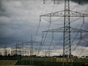 Пет населени места около Пазарджик са без ток заради силния вятър