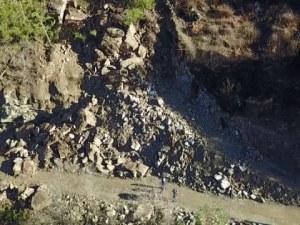 Водещи специалисти ще търсят решение на проблема със свлачището в Смолянско