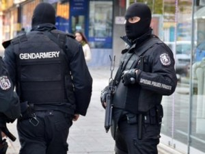 ГДБОП удари престъпна група! Бандитите източвали автомати в казина