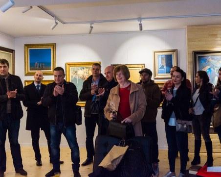 Пловдивчанин изложи личната си колекция в галерия СНИМКИ