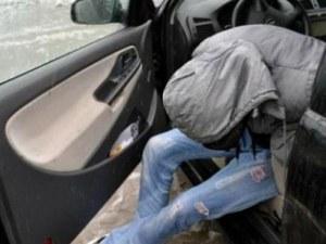 Пловдивчанин подкара БМВ дрогиран, спипаха го в Кючука