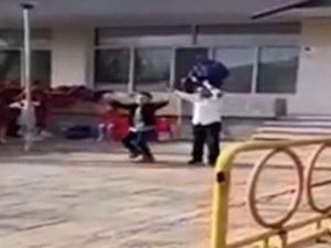 Деца въртят турски кючеци на празник за... Първа пролет ВИДЕО