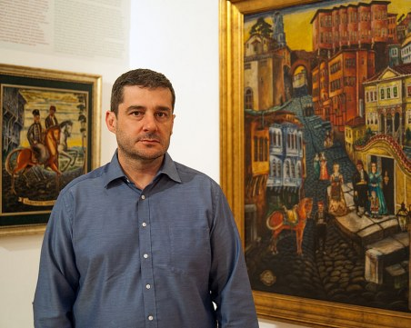 Уникална монография показва непознатия Цанко Лавренов