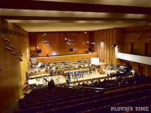 Вълна от недоволство срещу обществената поръчка за Концертна зала
