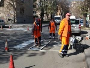 Обновиха 30 пешеходни пътеки в Пловдив СНИМКИ