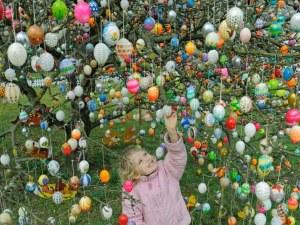 Народите по света празнуват Великден! Как?