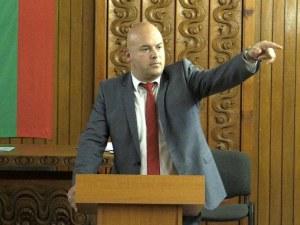 Изключиха кмета на Сопот от БСП, уволнявал социалисти от общината