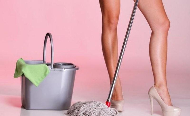 Нов бизнес: британска фирма предлага голи чистачки