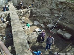 Откриха масивна антична сграда в Пловдив СНИМКИ