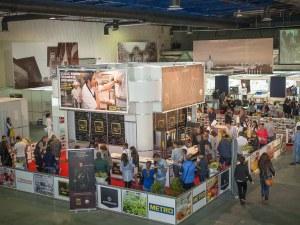 Хипермаркет в Пловдив дава ваучери за безплатно пазаруване – вижте как