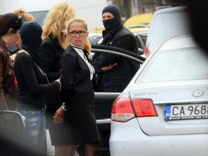 """Кметицата на """"Младост"""" първо поискала подкуп от 1 милион евро"""