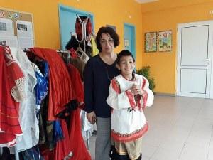 Да осиновиш дете в Пловдив! Славена получи Ангел за рождения си ден