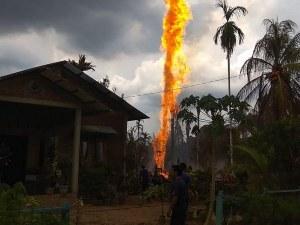 Пожар избухна в нефтен кладенец! Най-малко 10 души са загинали