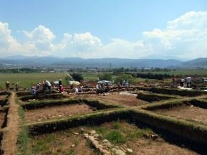 """Археолози откриха древен град по трасе на магистрала """"Струма"""" СНИМКИ"""