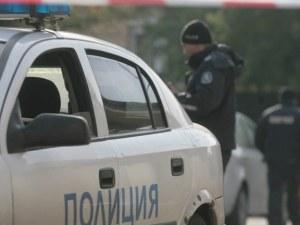 Полицаи откриха баща и син мъртви в домовете си по едно и също време
